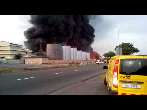 South Africa Durban Refinery Fire – VIDEO