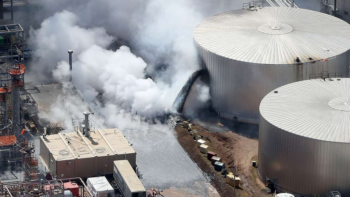 USA – Superior Refinery Explosion Caused $27 Million In Damage & $53 Million In Costs