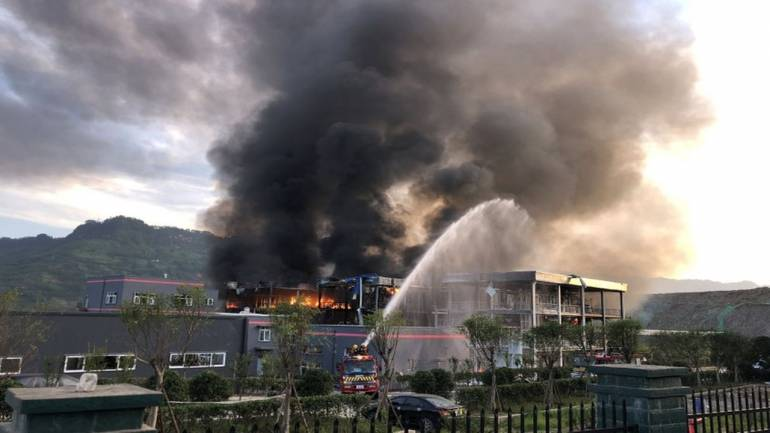 CHINA -Seven Explosions In 10 Minutes: Chemical Plant Blast Kills 19