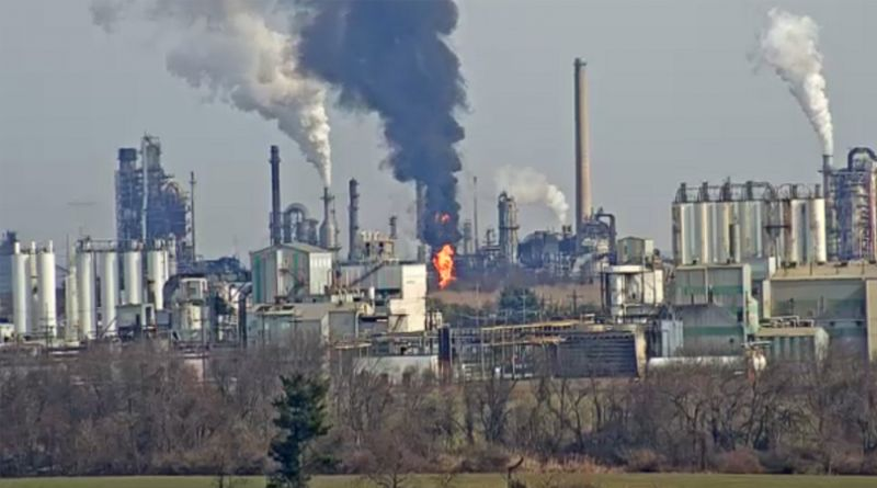 USA – Delaware City Refinery Fire