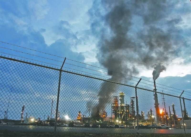 USA – Fire Breaks Out At El Dorado Refinery