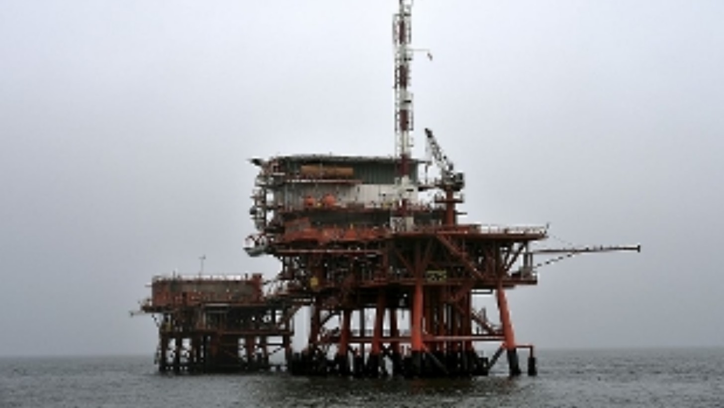 Italy – Crane Collapses At Eni's Offshore Oil Platform: Operator Missing