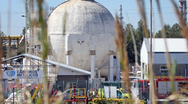 Spain – One Dead, 14 Injured In Ammonia Tank Explosion Including FireFighters