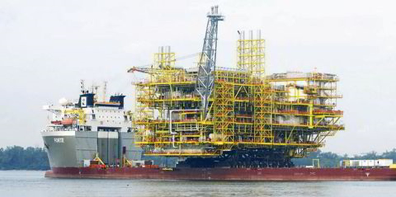 Three Missing After Blowout At China's Largest Offshore Oilfield